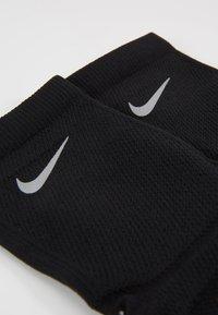 Nike Performance - RACING ANKLE - Calcetines de deporte - black/reflective - 2