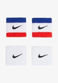 black/blue/white/red