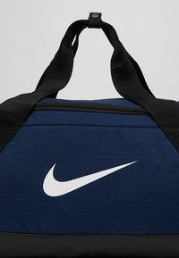 Nike Performance - BRASILIA DUFFEL - Torba sportowa - midnight navy/black/white - 7