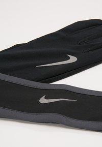 Nike Performance - RUN DRY HEADBAND AND GLOVE SET - Gloves - black/anthracite/silver - 5
