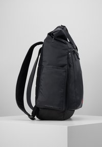 Nike Performance - VAPOR ENRGY - Rucksack - smoke grey/black/ track red - 4