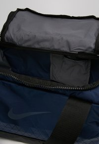 Nike Performance - JET DRUM MINI - Torba sportowa - midnight navy/black/thunder blue - 4