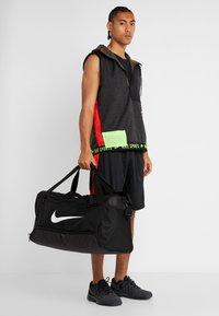Nike Performance - DUFF - Sporttasche - black/white - 1