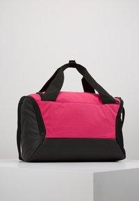 Nike Performance - Bolsa de deporte - rush pink/black/white - 2