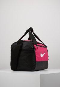Nike Performance - Bolsa de deporte - rush pink/black/white - 3