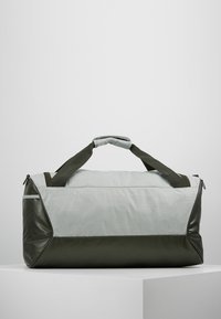 Nike Performance - DUFF - Sportovní taška - jade horizon/sequoia/reflective - 2