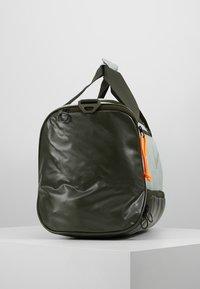 Nike Performance - DUFF - Sportovní taška - jade horizon/sequoia/reflective - 3