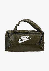 Nike Performance - DUFF - Batoh - khaki/cargo khaki/white - 7