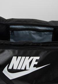 Nike Performance - DUFF - Reppu - black/white - 4