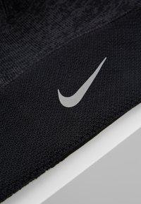 Nike Performance - BEANIE - Gorro - black - 6
