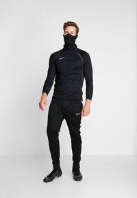 Nike Performance - SNOOD - Tubhalsduk - black/reflect black - 1