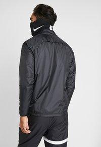 Nike Performance - STRIKE SNOOD - Sjaal - black/white - 3