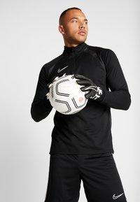 Nike Performance - PARIS ST GERMAIN - Fodbolde - white/black/infrared - 1
