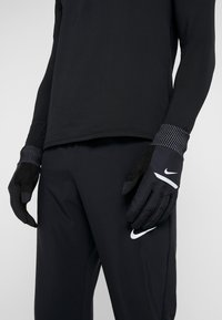 Nike Performance - MENS SHIELD RUNNING GLOVES - Guantes - black/wolf grey/silver - 1