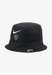 Nike Performance - FC BUCKET - Hoed - black/white - 5