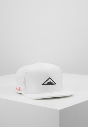 DRY PRO TRAIL - Caps - white