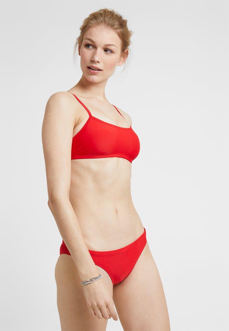 Nike Performance - RACERBACK TOP BOTTOM SET - Bikini - solid