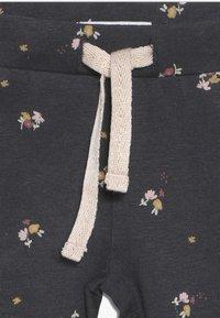 Noppies - SLIM FIT PANTS CASTRO VALLY  - Trousers - ebony - 3