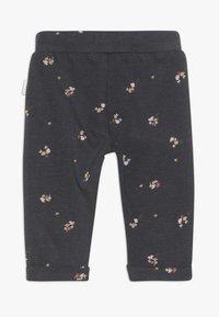 Noppies - SLIM FIT PANTS CASTRO VALLY  - Pantalon classique - ebony - 1