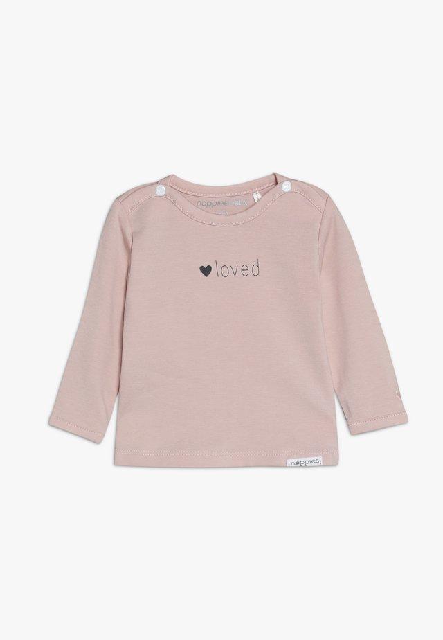 YVON TEKST - T-shirt à manches longues - pink