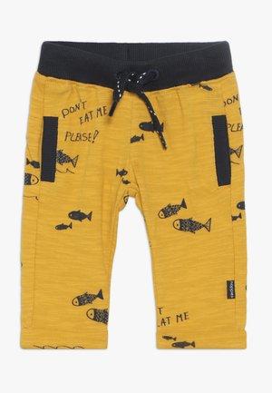 REGULAR FIT PANTS ASHWAUBENON  - Trousers - mineral yellow