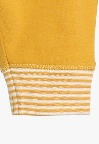 Noppies - TROUSERS RELAXED QUAQUA BABY - Legging - mineral yellow - 4