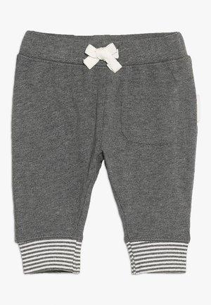 PANTS RELAXED QOLORA BABY - Pantaloni - grey melange