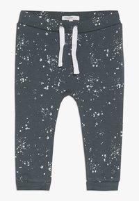 Noppies - PANTS COMFORT - Kalhoty - dark grey - 0