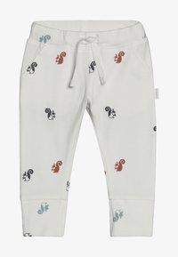 Noppies - SLIM FIT PANTS - Pantaloni - whisper white - 3