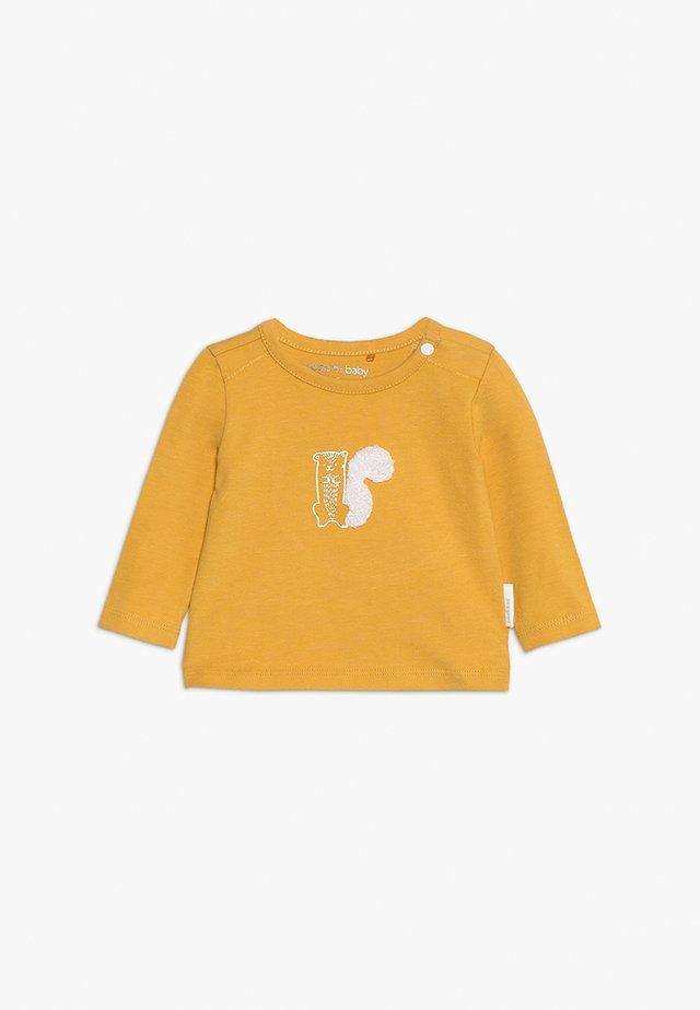 TEE SLIM QUIBOR BABY - Longsleeve - mineral yellow