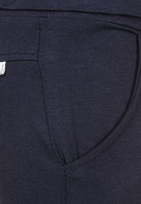 Noppies - HUMPLE - Tracksuit bottoms - navy - 2