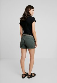 Noppies - BROOKE - Shorts - urban chic - 2