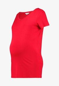 Noppies - V-NECK ZIZA TEE - Camiseta básica - tango red - 3