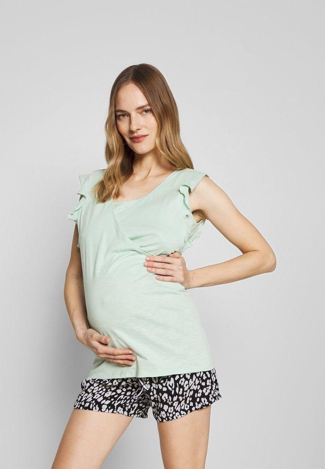NURS CISKA - T-shirt med print - mist green