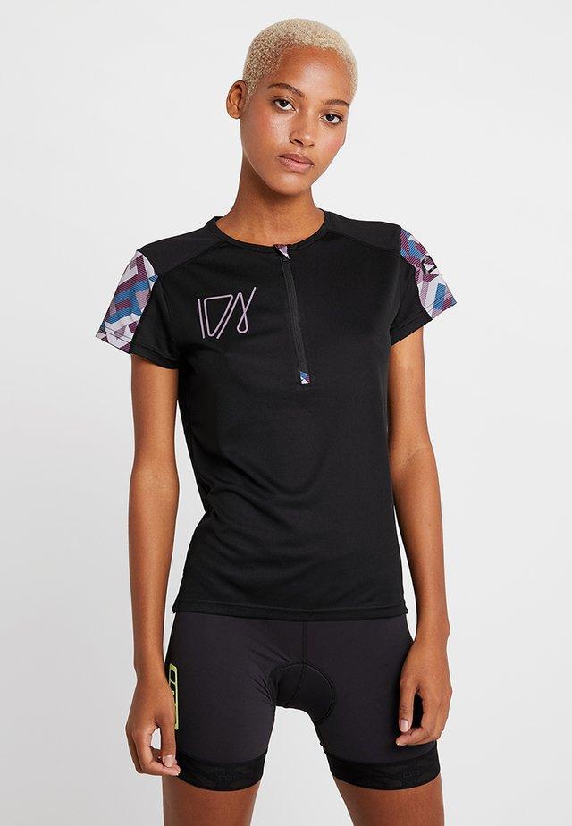 TEE HALF ZIP TRAZE - T-shirt med print - black