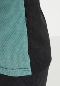 ION - TEE LETTERS SCRUB  - T-Shirt print - sea green - 4