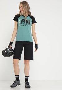 ION - TEE LETTERS SCRUB  - T-Shirt print - sea green - 1