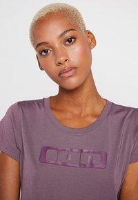 ION - TEE SEEK - T-Shirt print - antic lila - 3