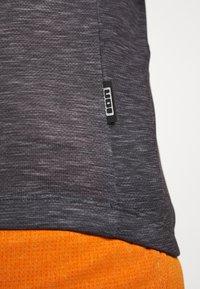 ION - TEE HALF ZIP PAZE - Sports shirt - black - 5