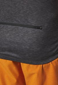 ION - TEE HALF ZIP PAZE - Sports shirt - black - 4
