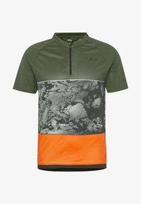 ION - TEE HALF ZIP TRAZE - T-shirt z nadrukiem - root brown - 5