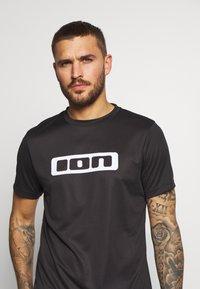 ION - TEE SCRUB - T-Shirt print - black - 3
