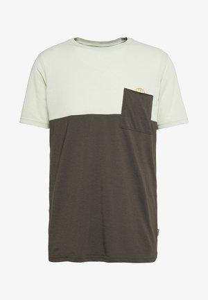 TEE SEEK - Funkční triko - shallow green