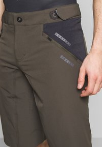 ION - BIKESHORTS TRAZE - Sports shorts - root brown - 5