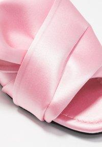 N°21 - Pantofle - pink - 2