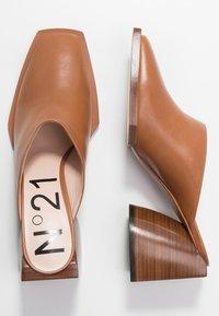N°21 - MULES - Heeled mules - tan - 3