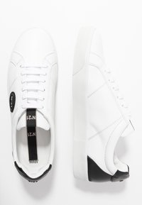 N°21 - GYMNIC - Trainers - white - 1