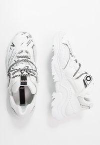 N°21 - BILLY - Sneakers basse - white - 1