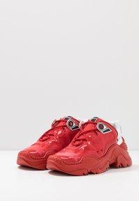 N°21 - BILLY - Sneakers basse - red - 2