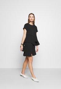 N°21 - Day dress - black - 2
